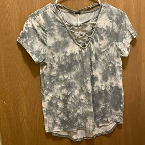 Tops - Lattice Tie Dye Gray Shirt
